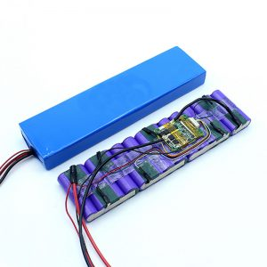 Заводская цена по индивидуальному заказу 18650 36-вольтный литий-ионный аккумулятор 36В